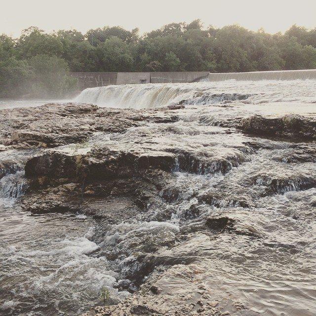 Grand falls in joplin mo