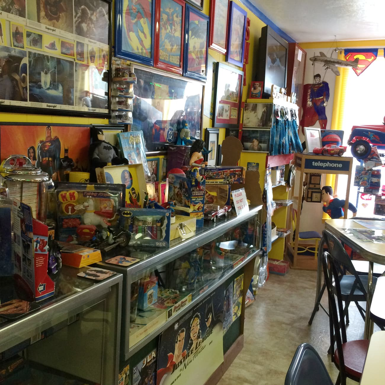 Superman themed ice cream parlor near joplin, mo