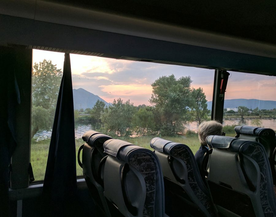 Hh bus solo bus. Split to mostar. Bosnias
