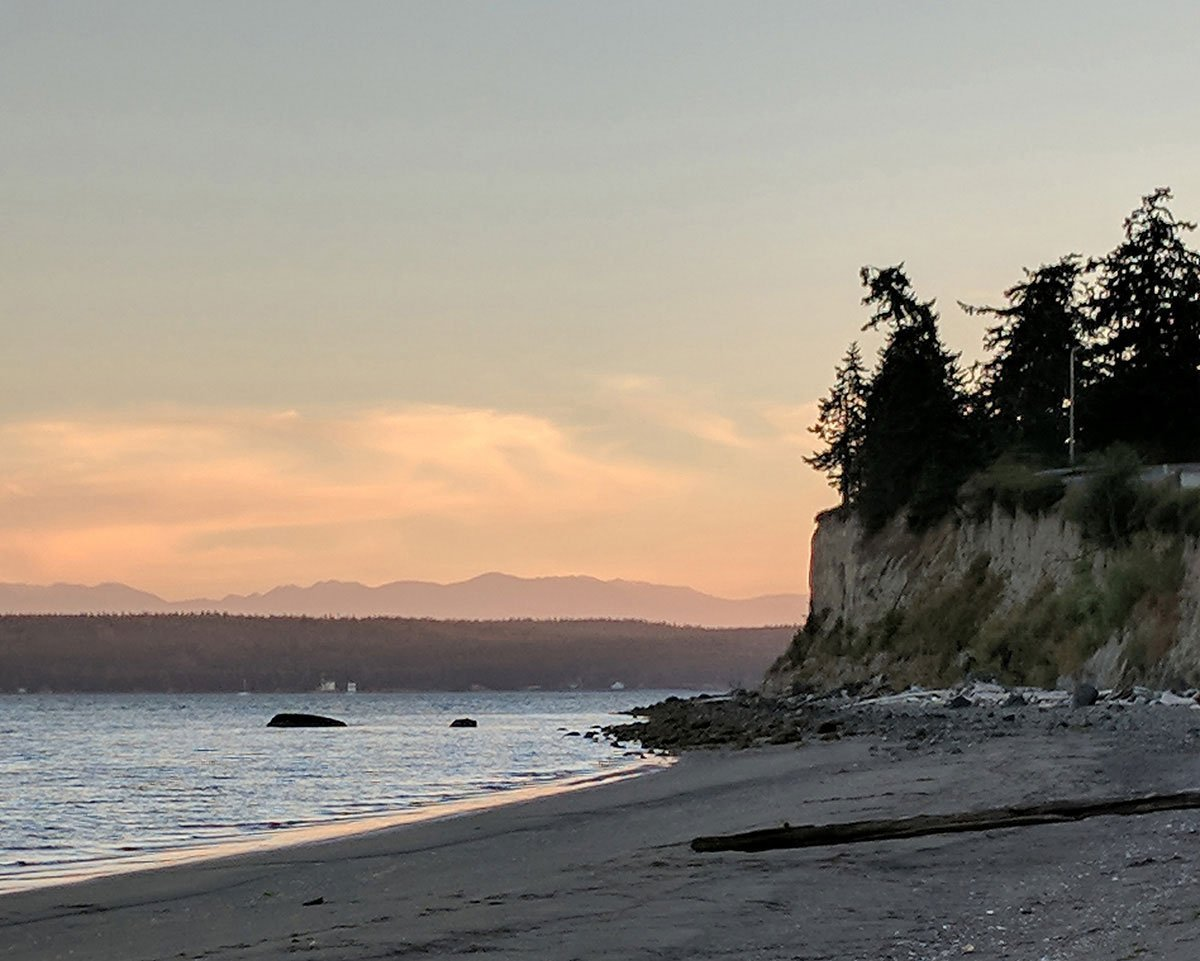 Sea cliff at penn cove on whidbey island in the puget sound