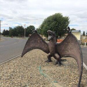 Seattle day trip: dinosaur building & desert hiking in granger, wa