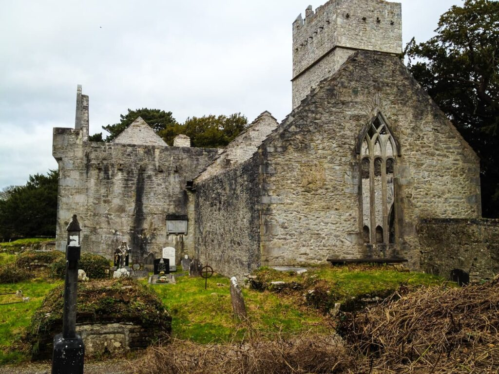 The ruins of the abby at muckross house are open to explore