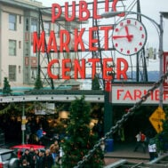 Pike place market at christmas: 10 things to do