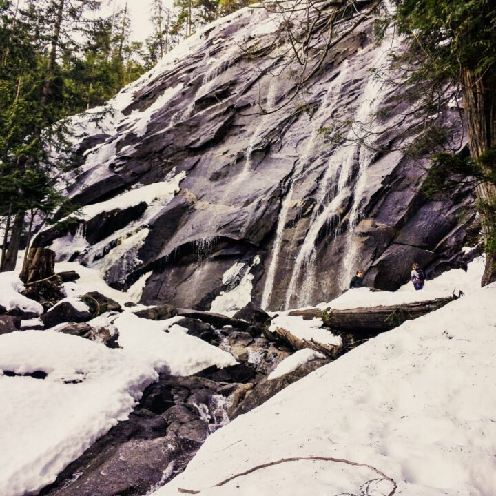 Bridal Veil Falls in Washington state in the snow.