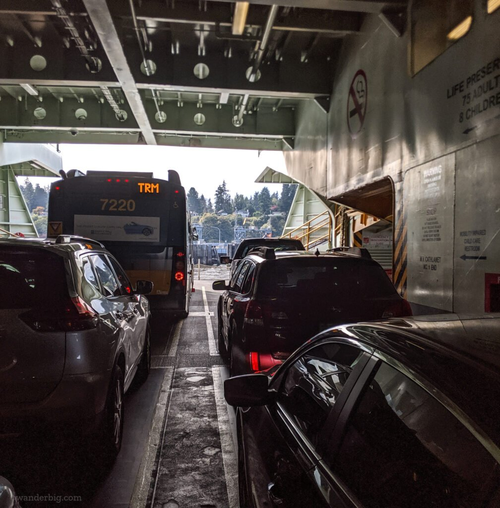Cars lined up on the cardiac of a washington state ferry.