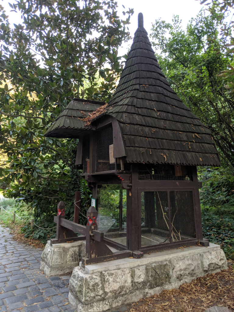 A traditional building at the budapest zoo.